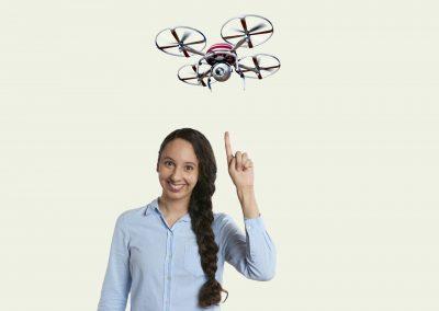 Navigation und Steuerung skalierbarer UAV und bemannter e-Multikopter